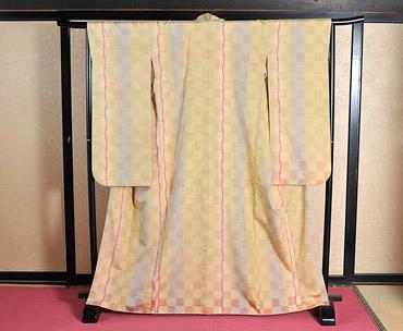 白鷹紬の着物の写真