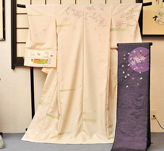 米沢織の着物の写真