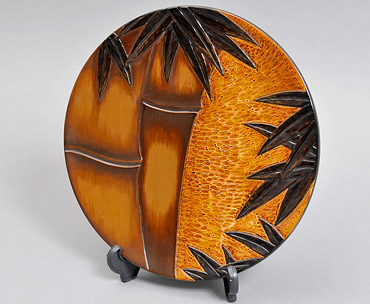 竹塗漆器の置物の写真