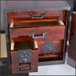 酒田船箪笥の内部写真