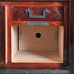 箪笥内部の構造写真