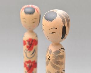 蔵王、鳴子系菊摩呂風こけしの写真