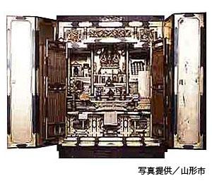 二代目星野吉兵衛広高が製造した山形仏壇の写真